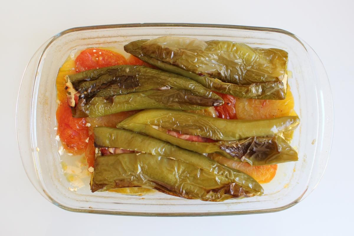 Poivrons longs farcis au jambon et fromage frais