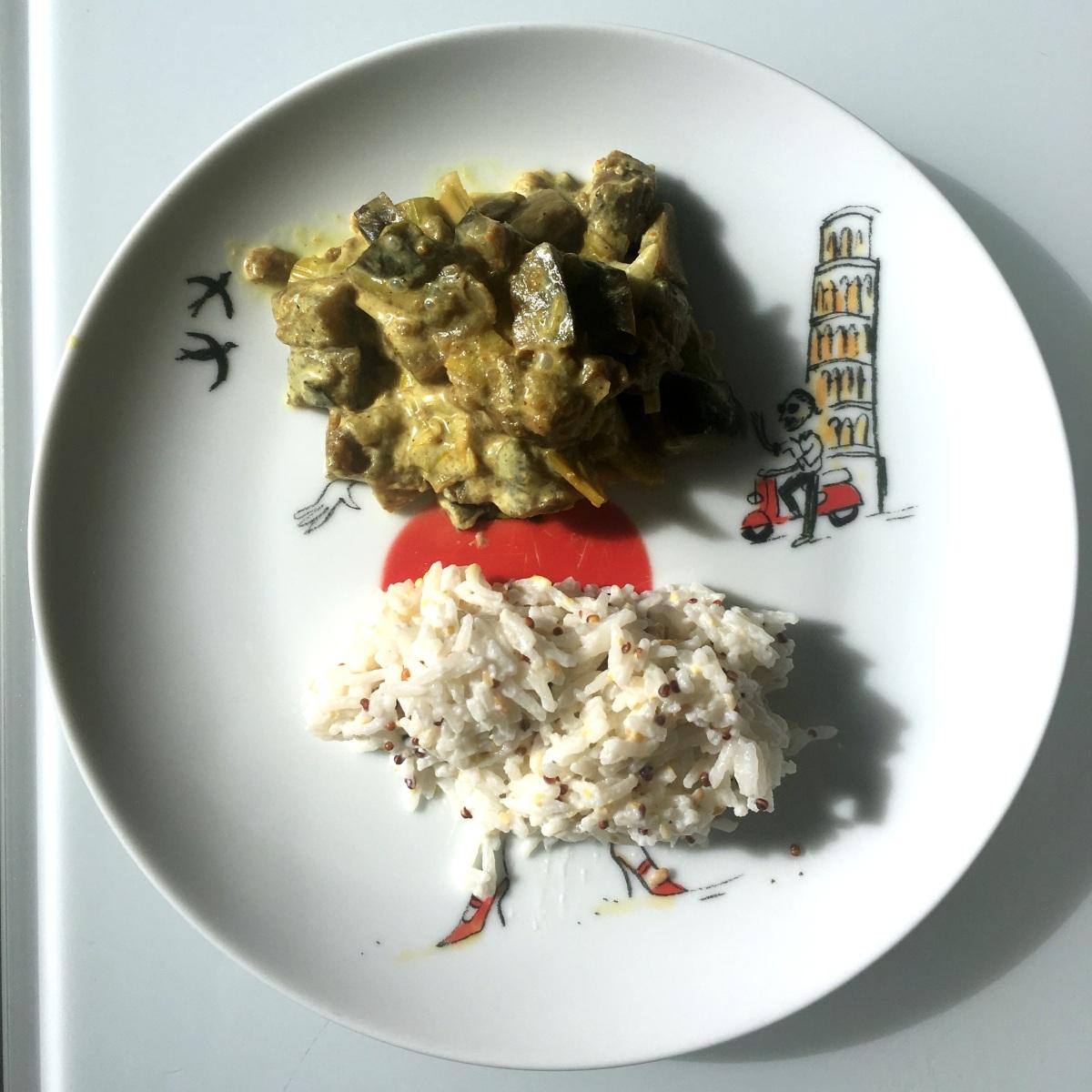 Poêlée poireaux et aubergines au curry et lait de coco