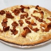 Pizza (de luxe) aux girolles