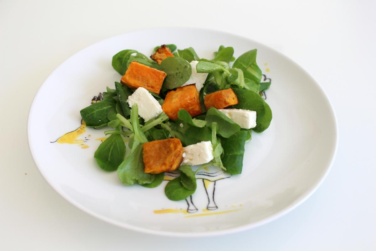 Salade mâche patate douce et feta