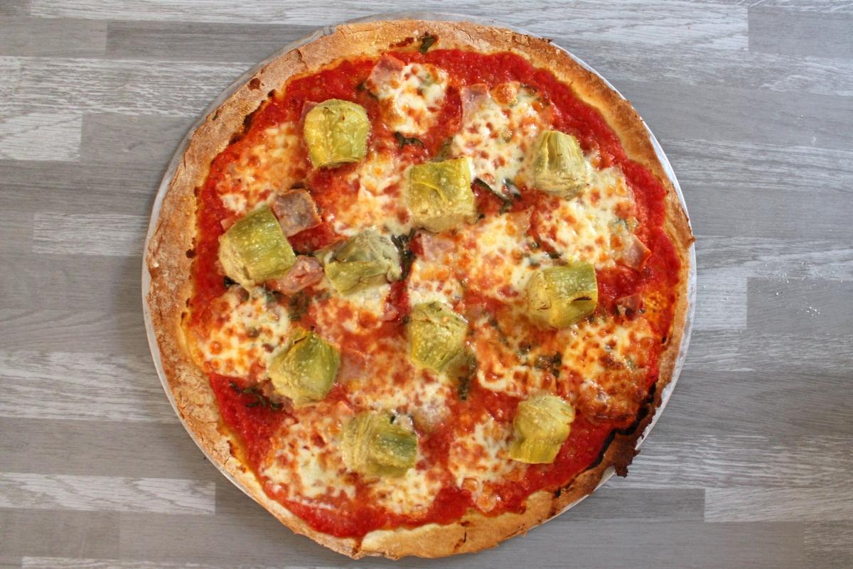 Pizza aux cœurs d'artichaut