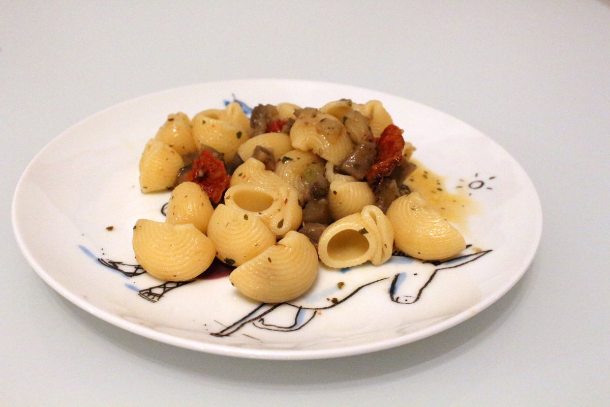 Pâtes aux aubergines et tomates séchées
