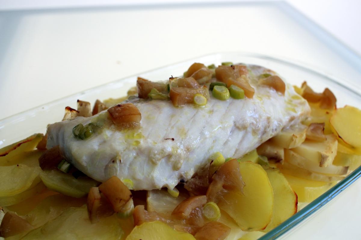 Cabillaud au citron confit, pommes de terre et céleri rave (au four)